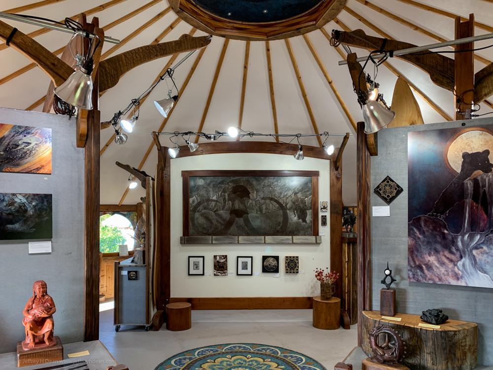 The Dean Gallery - A fine Homer, Alaska art gallery located at Dean Family Farm and Art Studios